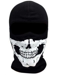 kominiarka czaszka